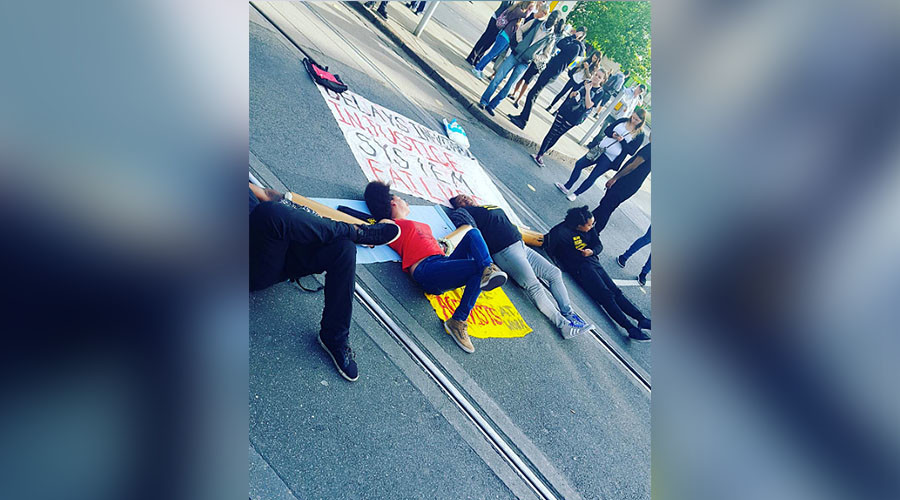 #BlackLivesMatter briefly blocks road to Heathrow Airport, more action planned across UK