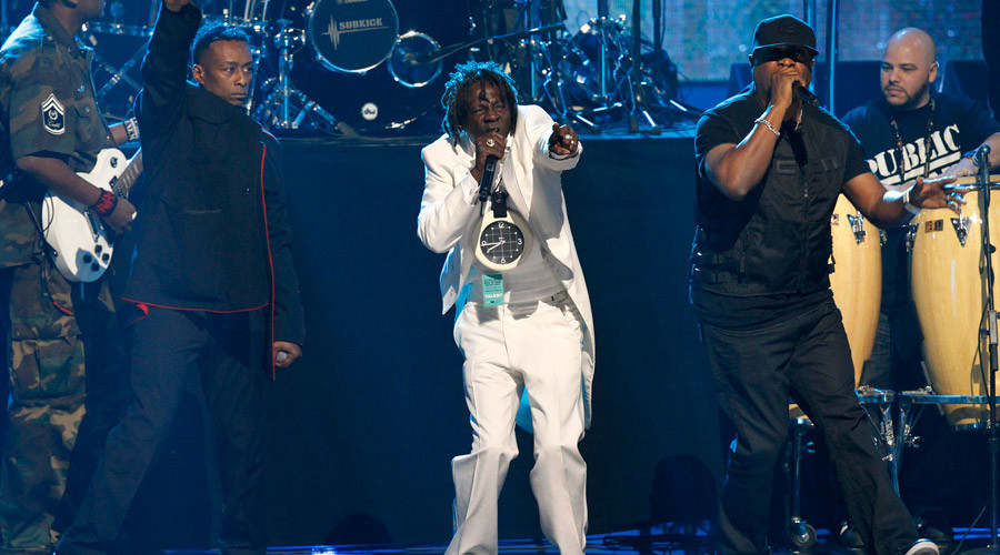 Professor Griff (L), Flava Flav (C) and Chuck D of Public Enemy perform at the 2013 Rock and Roll Hall of Fame induction ceremony in Los Angeles April 18, 2013. © Mario Anzuoni