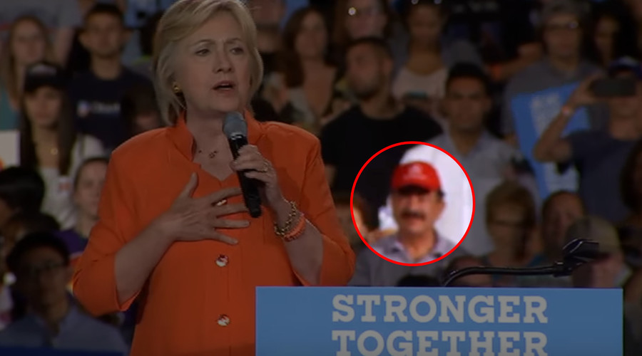 Father of Orlando killer spotted among Clinton supporters calling for gun control