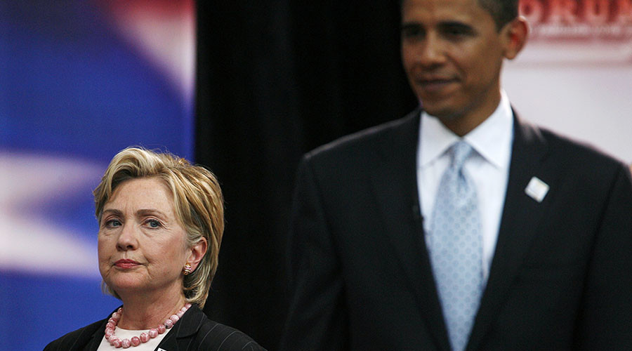 Democratic presidential candidates Hillary Clinton and Barack Obama at a labor union forum in Chicago, August 7, 2007. ©John Gress