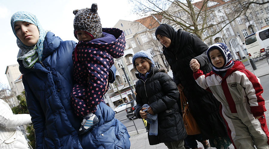 Nearly 6,000 refugees sue Germany over delayed handling of asylum requests