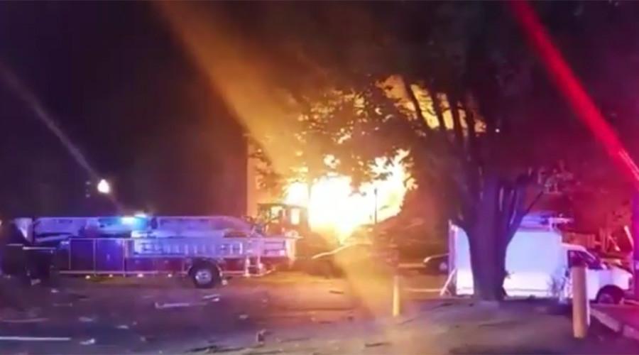Dozens injured as blaze tears through apartment building in Washington DC suburb (PHOTOS, VIDEOS)