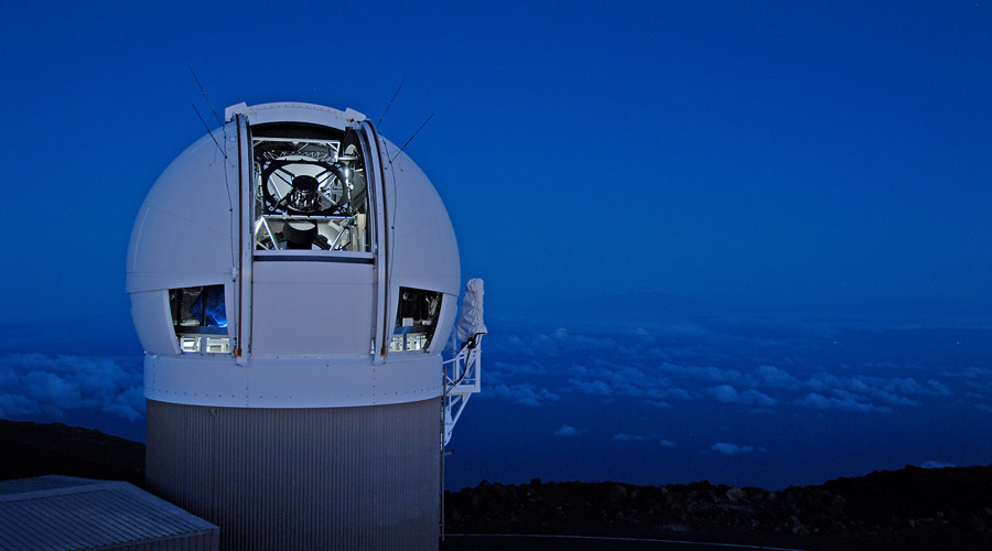The Panoramic Survey Telescope & Rapid Response System (Pan-STARRS) 1 telescope in Hawaii which spotted the mini planet Niku. © University of Hawaii Institute for Astronomy / Rob Ratkowski
