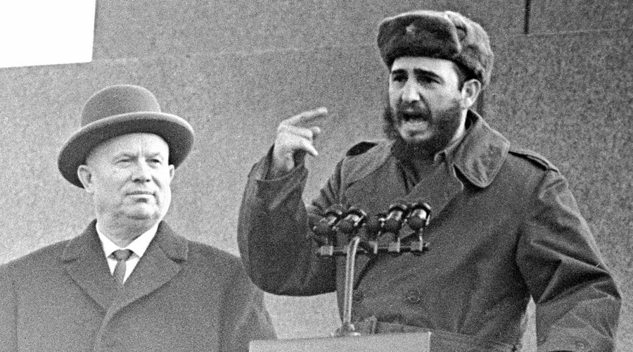 Nuclear subs, bear cubs & Fidel Castro's other legendary adventures in the USSR (RARE PHOTOS)