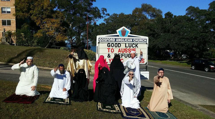 Far-right group dressed as Muslims interrupts church mass in Australia