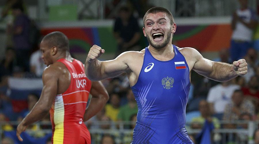 Greco-Roman wrestler Chakvetadze wins 10th gold for Russian in Rio