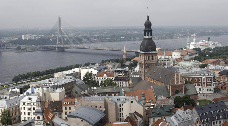 Eastern Europe wants countrymen back as emigrant tide hurts GDP