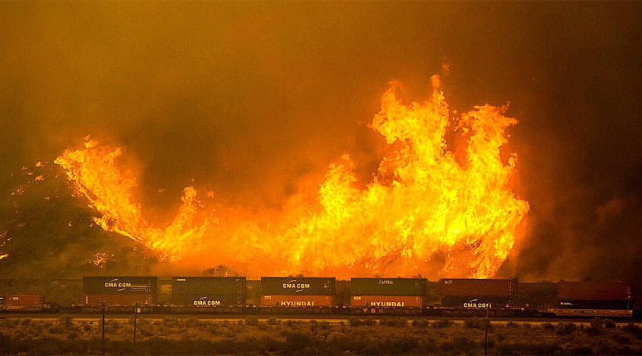 Uncontained wildfires threaten tens of thousands of California homes (PHOTOS, VIDEOS)