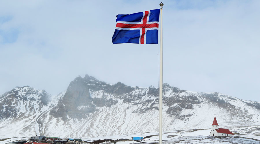 Iceland ready to ease capital controls