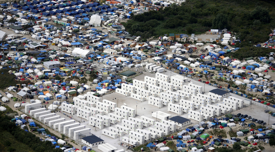 Calais 'Jungle' population soars to record 6,901 migrants – official census