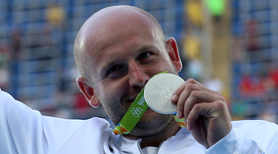 Polish athlete auctions off his silver Rio 2016 medal to help boy with cancer