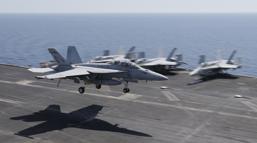 A F/A-18E/F Super Hornets of Strike Fighter Attack Squadron 211 (VFA-211) lands on the flight deck of the USS Theodore Roosevelt (CVN-71) aircraft carrier © Hamad I Mohammed