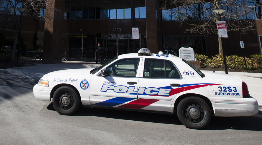 A police car in Toronto © Mark Blinch