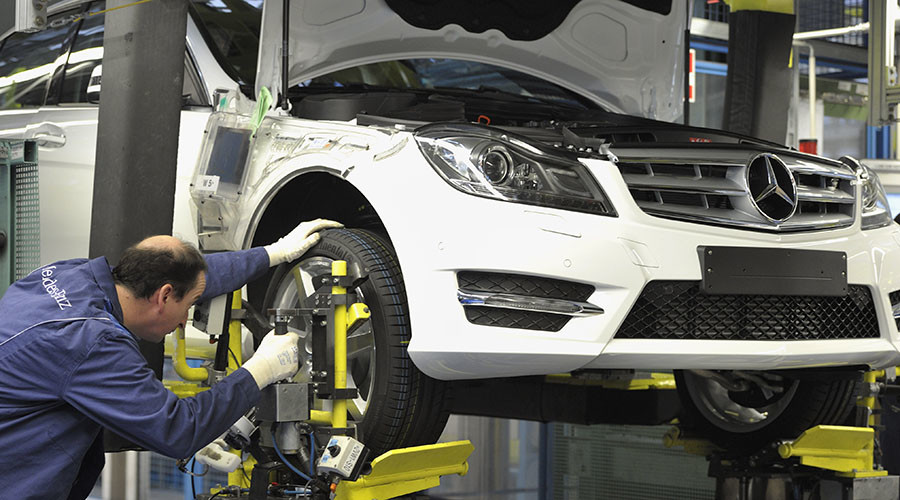 Mercedes-Benz looks to KAMAZ to build car plant in Russia