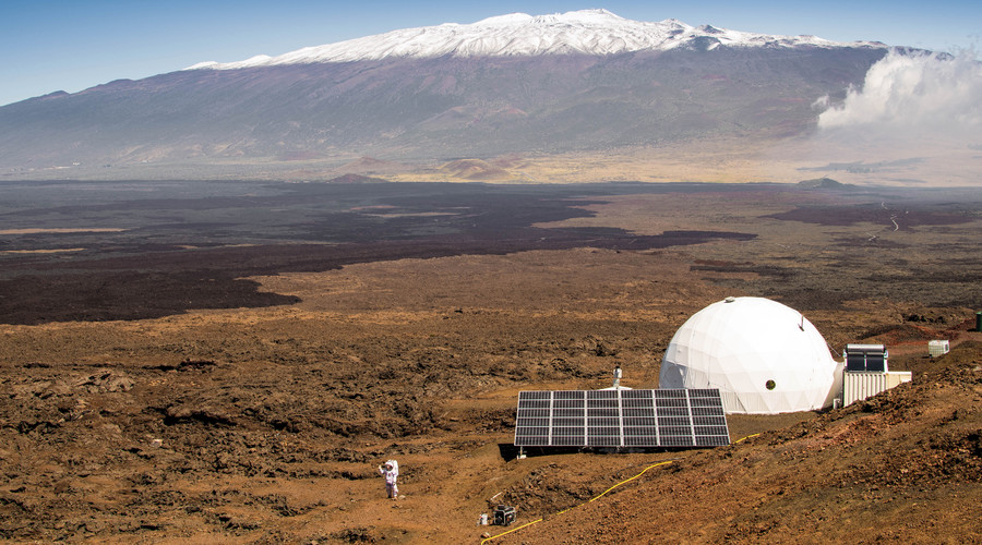 The exterior of the HI-SEAS habitat on the northern slope of Mauna Loa in Hawaii. © Neil Scheibelhut / University of Hawaii at Manoa