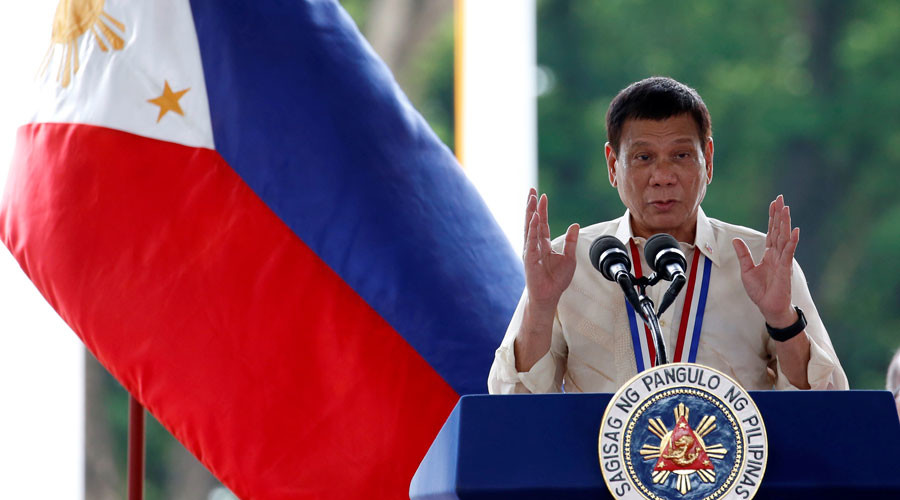 Philippine President Rodrigo Duterte speaks during a National Heroes Day commemoration at the Libingan ng mga Bayani (Heroes' Cemetery) at Taguig city, Metro Manila in the Philippines August 29, 2016. © Erik De Castro