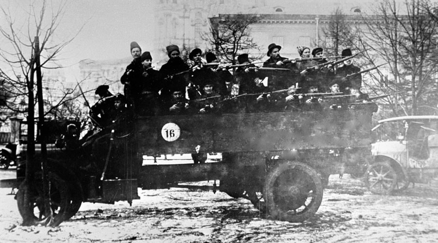 A squad of armed Red Army guards on a truck, October Revolution. ©