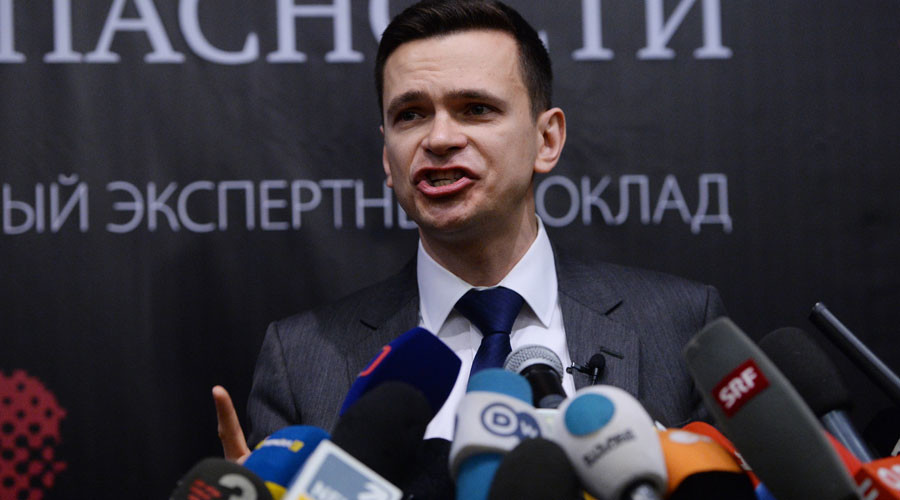 Opposition figure Yashin presents report on 'criminal connections' of ruling party