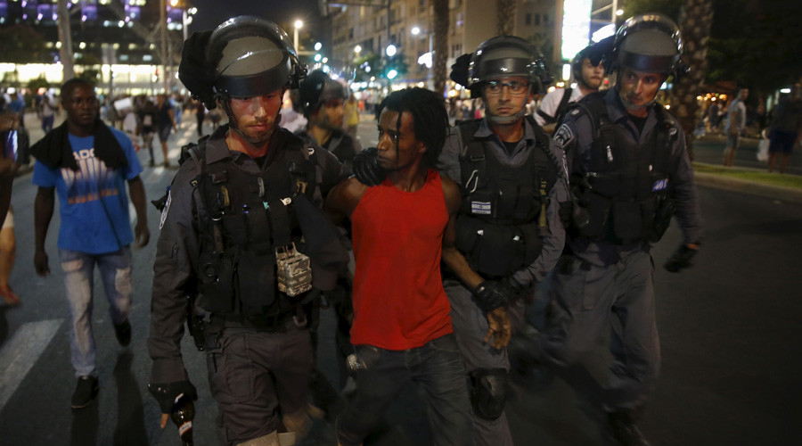 Suspecting Ethiopian Israelis & Arabs of crime is 'natural' - Israeli police chief