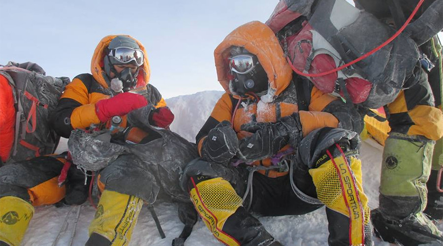 Faked Everest photo earns 2 Indian cops 10-year climbing ban in Nepal