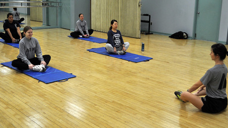 Pregnant US service members participate in Pregnancy Postpartum Physical Training, in this file photo taken January 30, 2016 © Pfc. Lim Hong Seo / army.mil