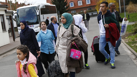 Syrian refugees arrive at the camp for refugees and migrants in Friedland, Germany. ©Kai Pfaffenbach