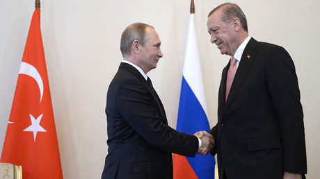 Russian President Vladimir Putin (left) meeting with Turkish President Recep Tayyip Erdogan at the Constantine palace in St. Petersburg, August 9, 2016. © Aleksey Nikolskyi