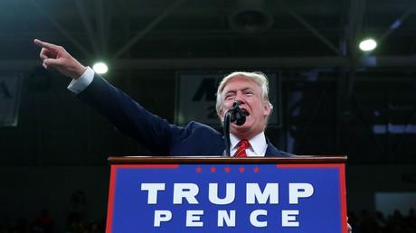 Republican U.S. presidential nominee Donald Trump speaks to the Trask Coliseum at University of North Carolina in Wilmington, North Carolina, U.S., August 9, 2016. © Eric Thayer
