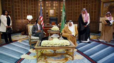 U.S. President Barack Obama meets with Saudi King Salman © Kevin Lamarque
