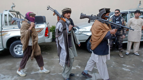 Members of the Taliban voluntarily ©  Parwiz