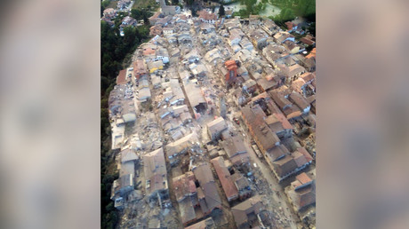 A general view following an earthquake in Amatrice, central Italy, is seen in this August 24, 2016 handout picture provided by Italy's Fire Fighters. © Vigili del Fuoco / Handout via