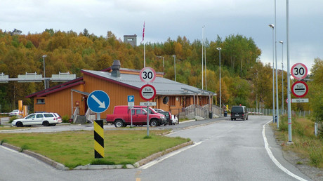 Storskog, the Norwegian-Russian border with the border crossing station. © Clemensfranz / Wikipedia