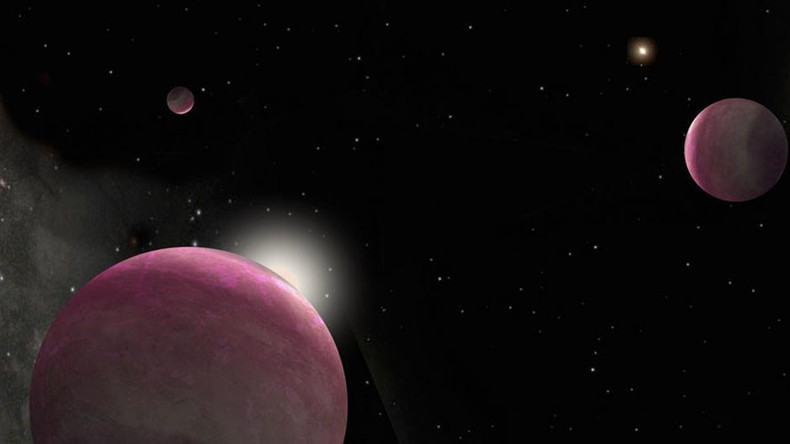 Discovery of three giant planets could help find ...