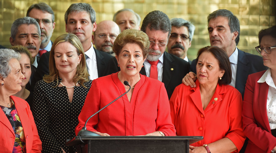 Brazil's Dilma Rousseff speaks at the Alvorada presidential palace in Brasilia © Evaristo SA