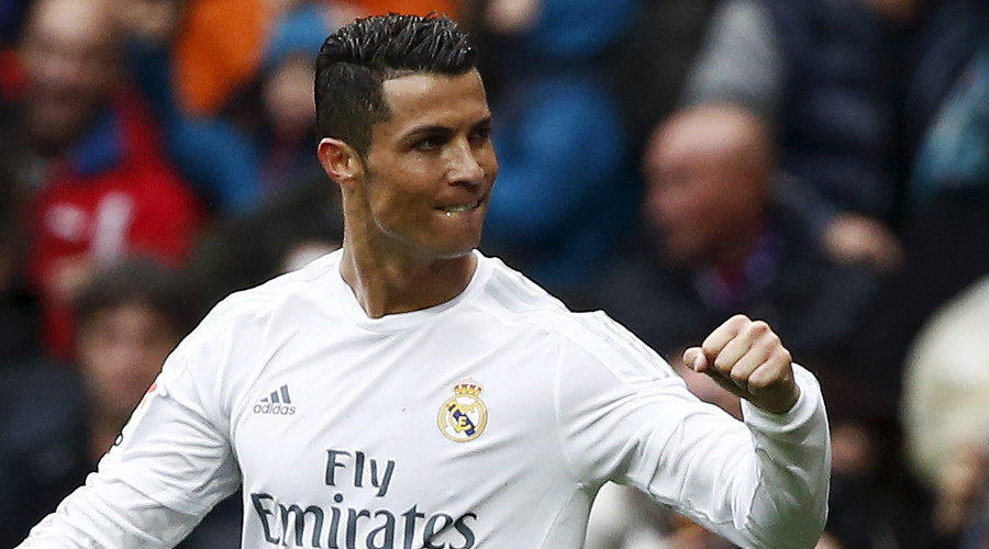 Real flush: Football star Ronaldo wins $15k in charity poker match