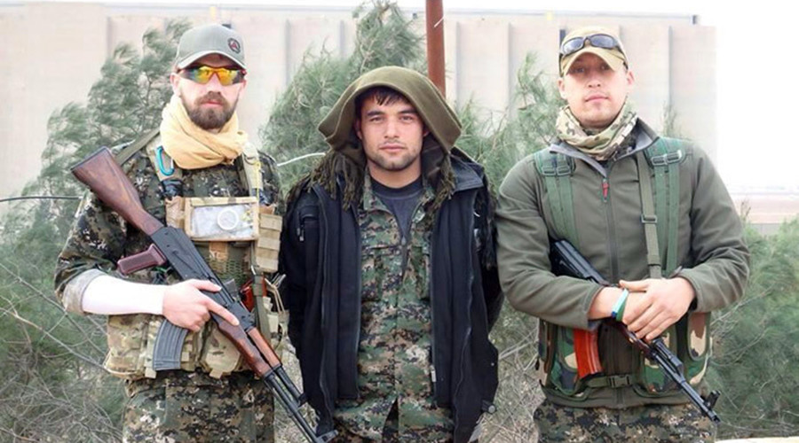 Briton Jamie Read (left) reportedly fighting with Kurdish militia in Syria against the Islamic State. Photo from facebook.com / Facebook