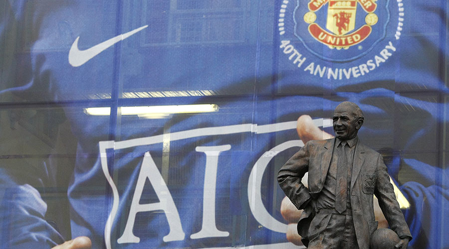 A statue of former Manchester United manager Matt Busby. © Phil Noble