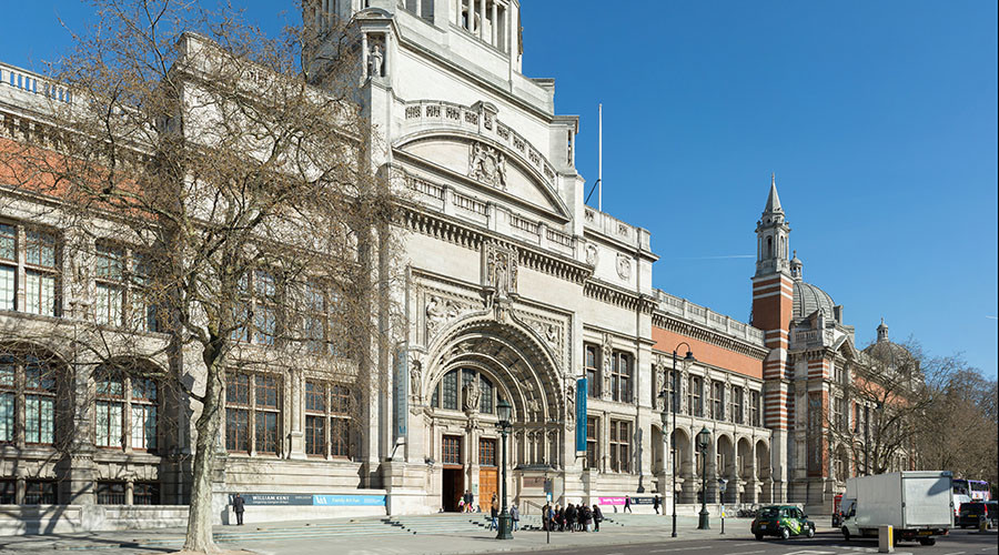 The southern entrance of the Victoria and Albert Museum in London, England. © Wikipedia