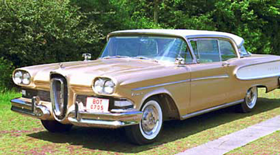 A 1958 Edsel Corsair, registered in Bottrop, Germany. © Wikipedia