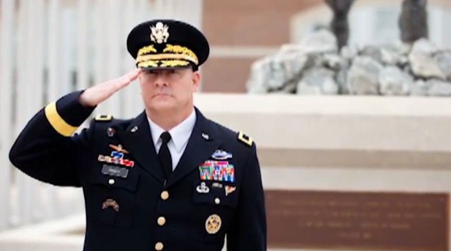 Army 'waited' for media reports on 'swinging' general before suspending his security clearance