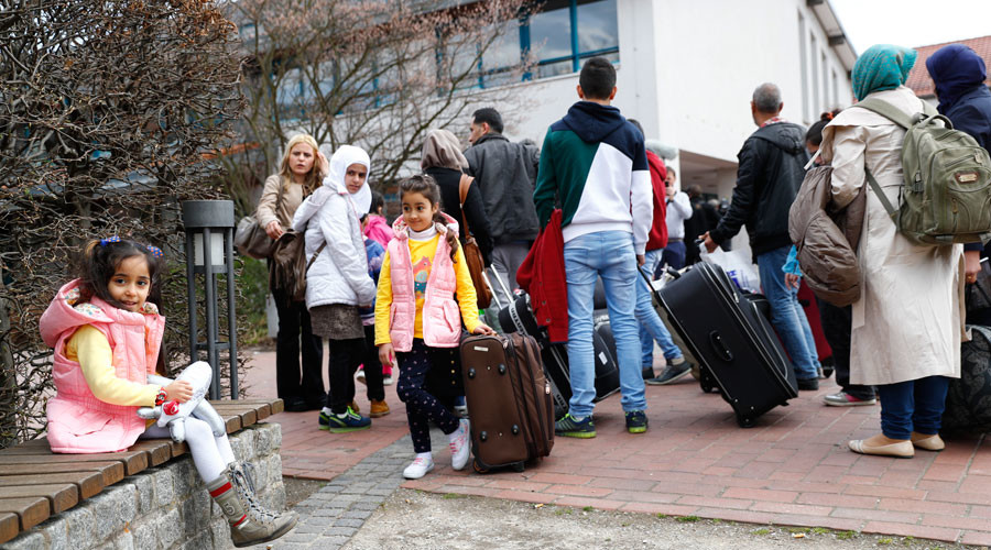 Overwhelming majority of refugees in Germany are overqualified – OECD report
