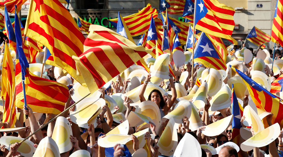 Hundreds of thousands rally to push for Catalonia's independence from Spain (VIDEO, PHOTOS)