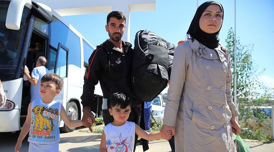 Help reunite refugee families, 200 faith leaders tell Theresa May