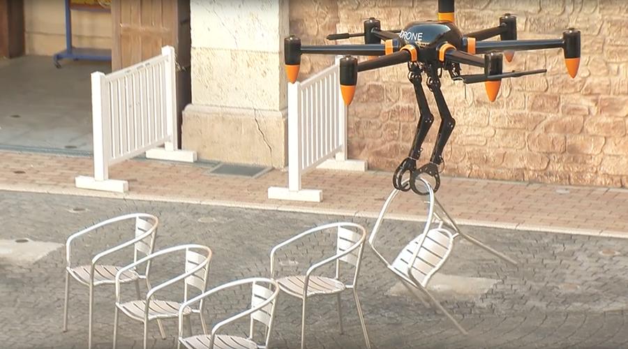 Terrifying '2-armed' drone designed for dangerous ops (VIDEO)