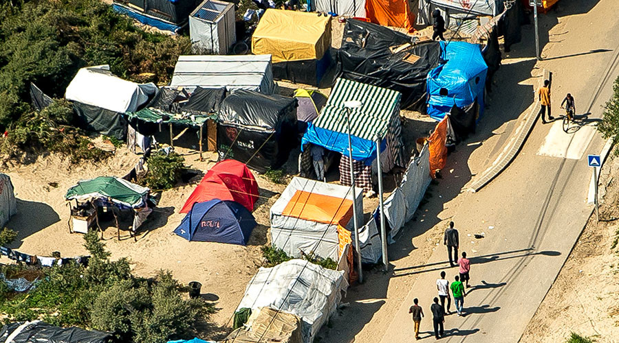 Half of Calais 'Jungle' camp migrants want to stay in France - charity chief