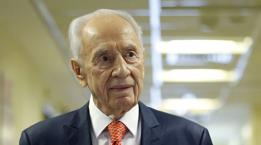 Former Israeli President Shimon Peres put into induced coma