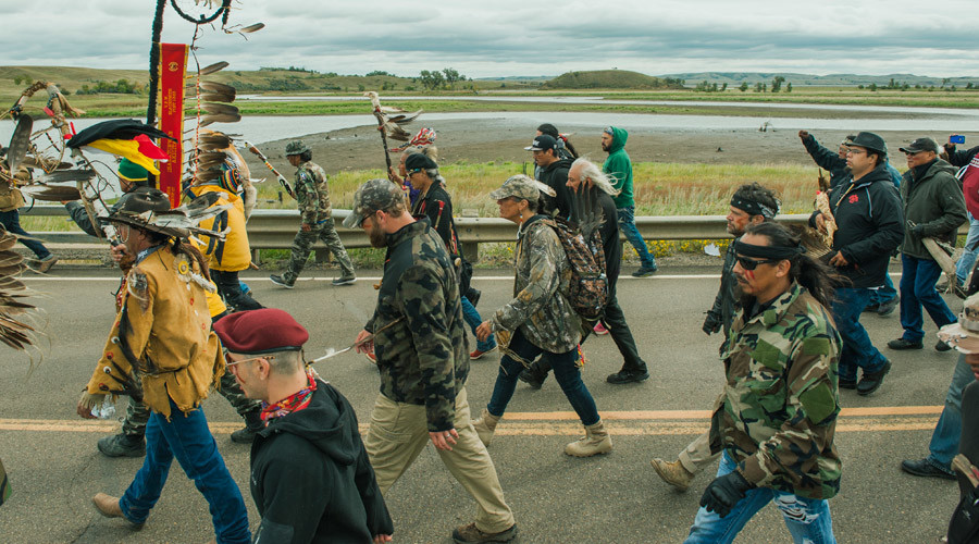 Protesters demonstrate against the Energy Transfer Partners' Dakota Access oil pipeline near the Standing Rock Sioux reservation in Cannon Ball, North Dakota, U.S. September 9, 2016. © Andrew Cullen