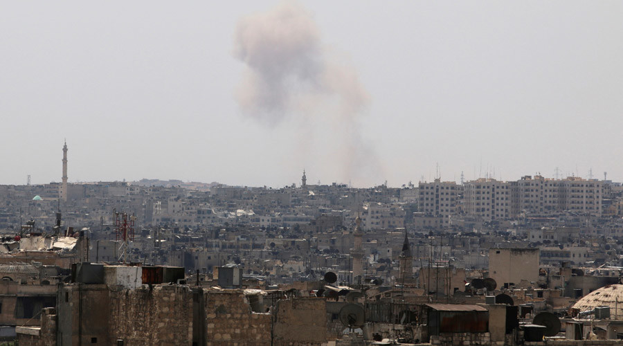 Smoke rises from Ramousah as seen from a rebel-held area of Aleppo, Syria © Abdalrhman Ismail
