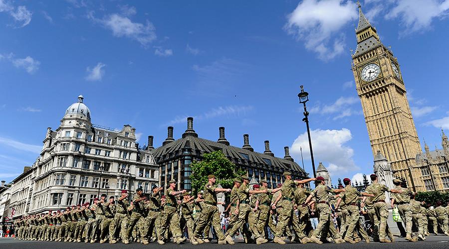 Transgender soldier becomes UK's first female combat officer