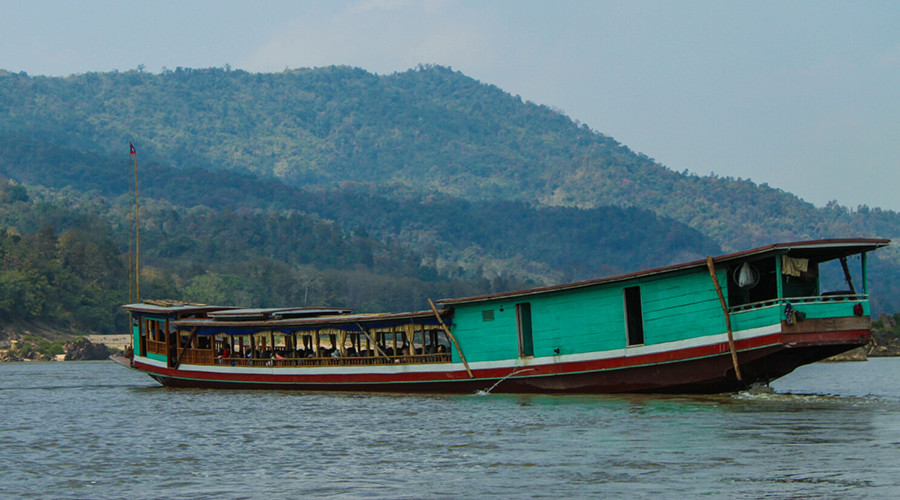 Tourist boat in Thailand © Christine Maguire